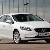 2013-Volvo-V40-New-5.jpg