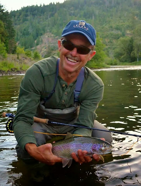 Rogue river and southern oregon fly fishing guide for Fishing report oregon