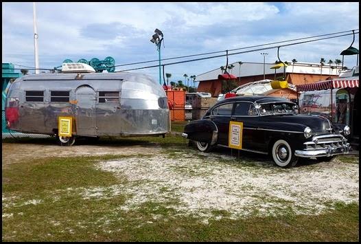 01j - RV Supershow - Vintage RVs