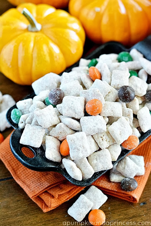 Pumpkin-Spice-Muddy-Buddies-Recipe