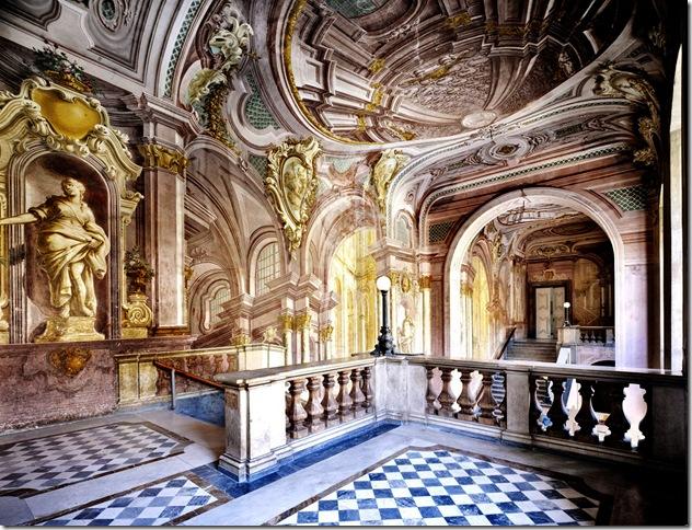 Candida Höfer - Reggia di Portici, proprietà dell'Amministrazione Provinciale di Napoli