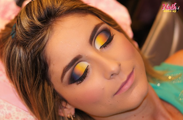 maquiagem cut crease colorida