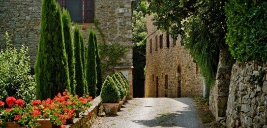 Hotel-Monteverdi-by-Ilaria-Miani-Castiglioncello-del-Trinoro-Italy-14