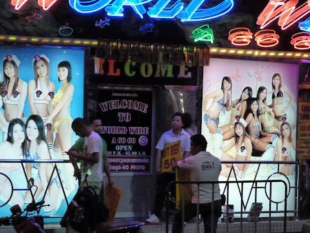 Sex Thailanda: Worldwide a Go go - Pattaya