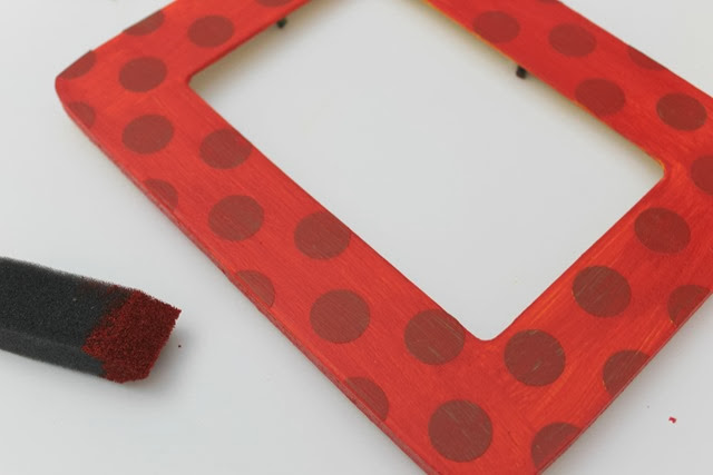 frame with polka dots #polkadots