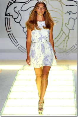 versace-spring2012-10