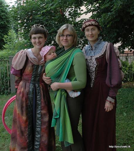 Lusi (z Zosią) z Paniami księżniczkami, które na co dzień opiekują się Marcinkiem - Dziękujemy!