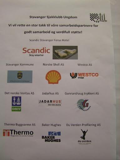 Stavanger Sjakklubb skal også roses for seriøs sponsorbearbeiding. Naturlig nok er oljebransjen sterkt representert i Petroland!