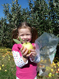 Apple picking at Larriland Farm! (October)