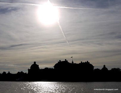 Drottningholm Palace under late afternoon sun