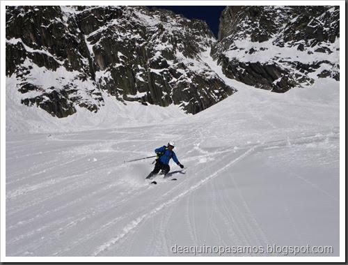 Esqui Couloir des Poubelles 250m 4.1 (Les Grands Montets, Argentiere, Alpes) (Isra) 0547