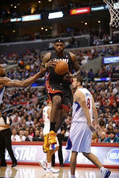 lebron james nba 140205 mia at lac 05 King James Wears LeBron 11 Fairfax Away PE in Los Angeles