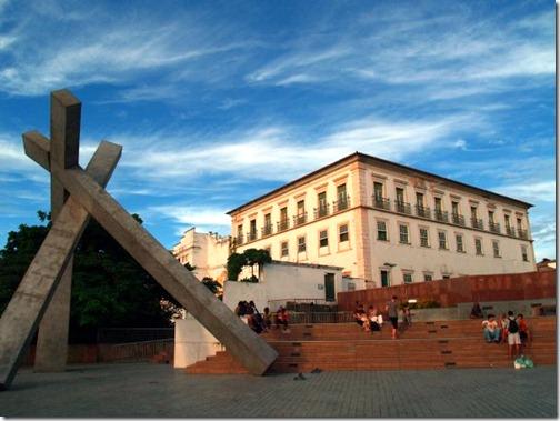 Salvador-CruzCaida S