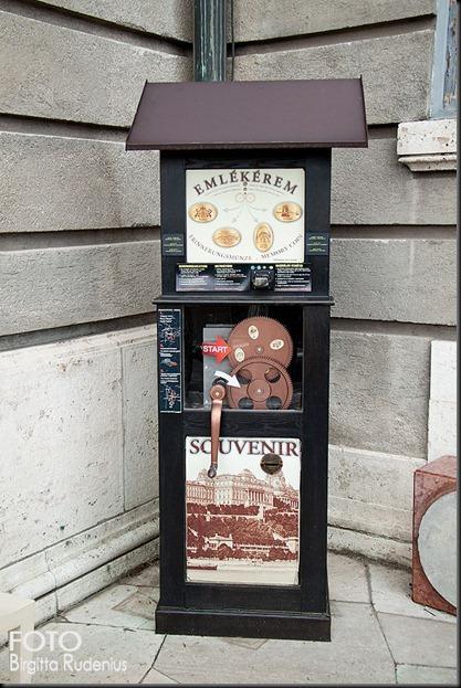 2012_89_0330_automat