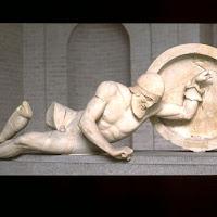 35.- Egina. Fronton del templo de Aphaia