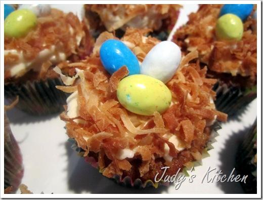 hummingbird cupcakes (2)
