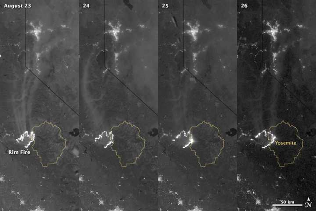 Nighttime satellite view of California's Rim Fire encroaching on Yosemite, 23-26 August 2013. Photo: Jesse Allen and Robert Simmon