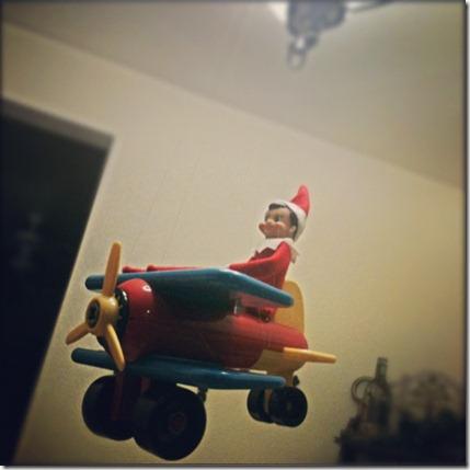 Airplane Pilot Elf