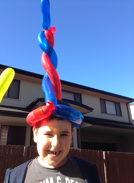 SH - Balloon Hat