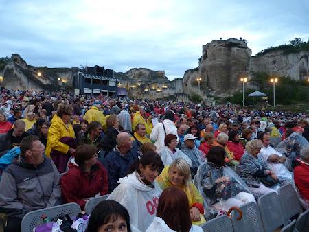 Imagini Austria: spectatori opera Burgenland