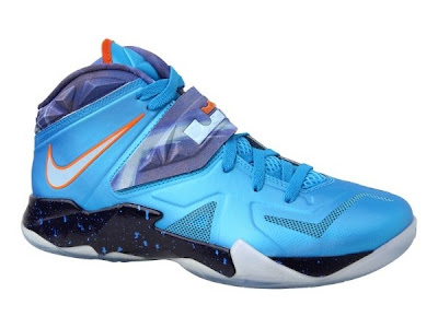 nike zoom soldier 7 gr blue blak orange 1 01 Nike Zoom LeBron Soldier VII Galaxy Available in Asia