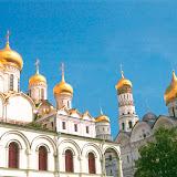 クレムリンの大聖堂内。「クレムリン」は城塞という意。