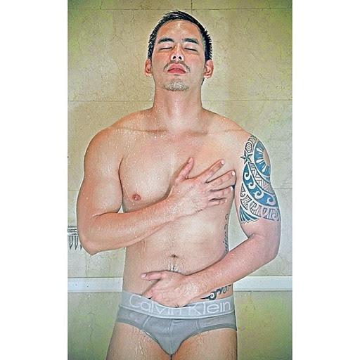 Janjep-Carlos-Hot-Pinoy-05