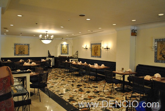 Riviera Cafe Heritage Hotel Menu