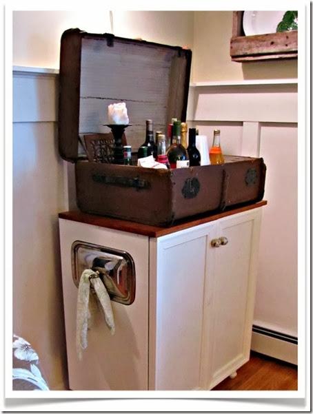 bar suitcase.001