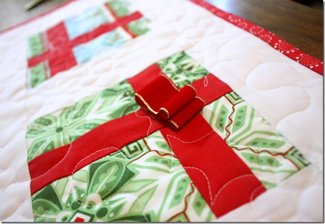 Simple Gifts Christmas Runner with Bow