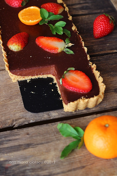 No-bake chocolate strawberry tart 3