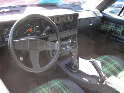 1980 Triumph TR-8 - dash