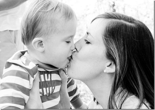 e kissing justin