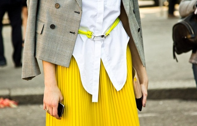 Street-Style-Yellow-Fashion-Notebook-7