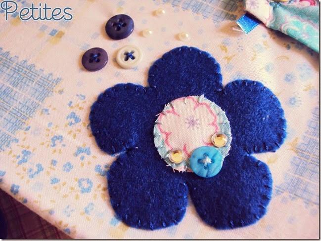 capa flores azuis_01