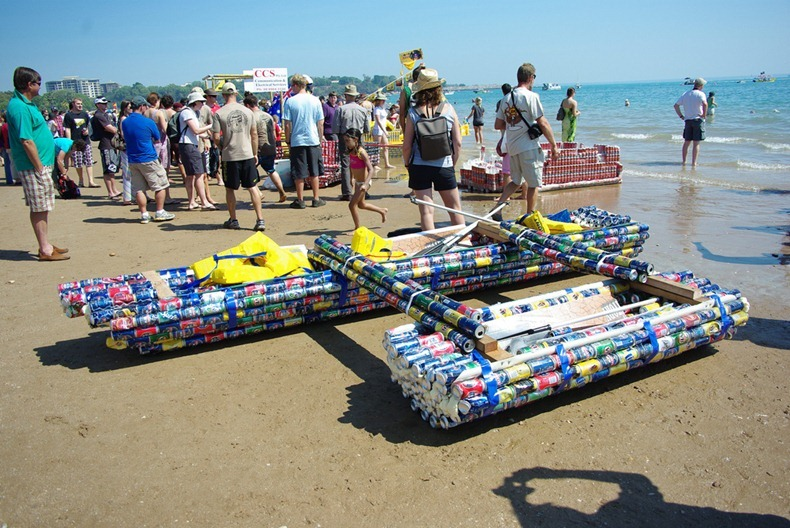 beer-can-regatta-3