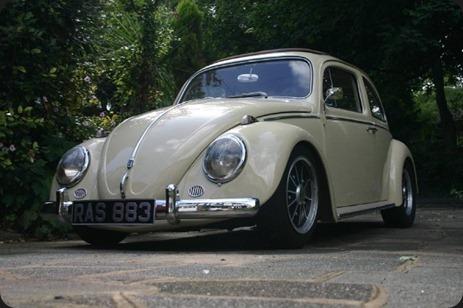 11117-00000098f-829e_VW-Beetle-Ragtop-031