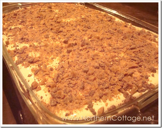 banana bars with whipped frosting and toffee bits @ northerncottage.net