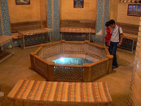 Things to see in Shiraz: The underground tea house