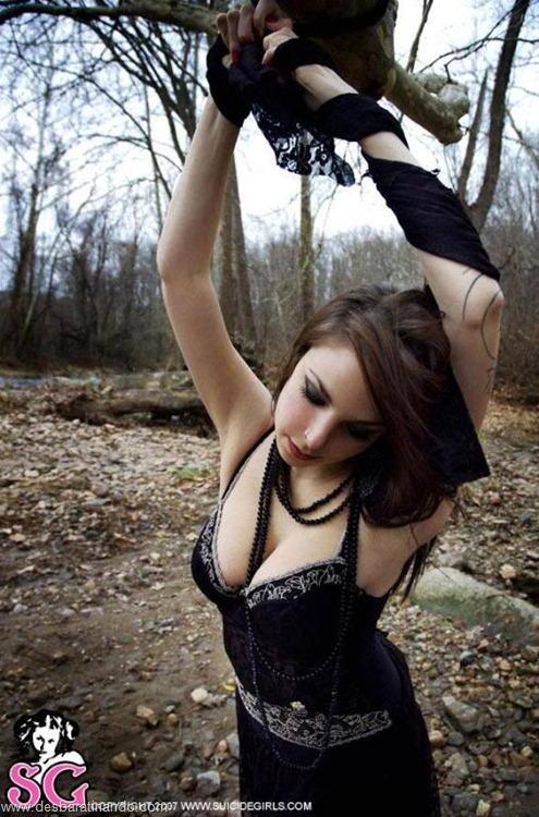 suicide girls linda sensuais punks sexys gatas desbaratinando (20)