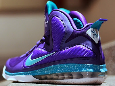 nike lebron 9 gr summit lake hornets 3 04 Another Look at Upcoming Nike LeBron 9 Summit Lake Hornets