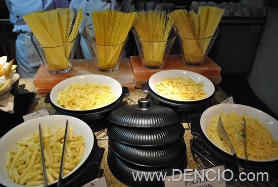 Acaci Cafe Buffet Acacia Hotel Manila 24
