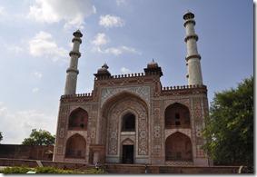 2013-07-14 agra 2 sikandra entree mausole Akbar 078r