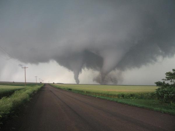 Tornado - 6 -11 - 10 020