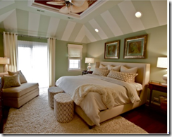 Bed 2 over bed. Andrew Zellinger for Houzz