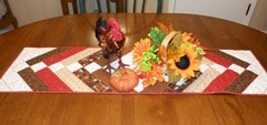 thanksgiving table at moms