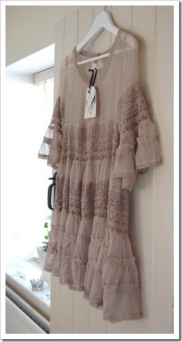 TI MO DRESS 1