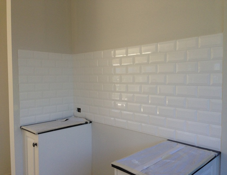 Bevelled Subway Tiles