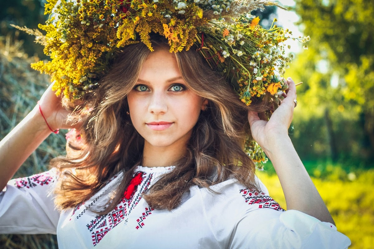 """""""Така краса, висока і нетлінна, Що хоч спинись і з Богом говори"""", - глава британской дипмиссии в Украине Джудит Гоф и сотрудники посольства поздравили украинцев с Днем Независимости - Цензор.НЕТ 2780"""