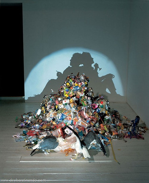arte das sombras desbaratinando rubbish shadow sculptures tim noble sue webster (11)